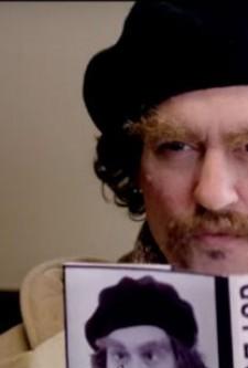 Johnny Depp aparece irreconhecível em filme da filha